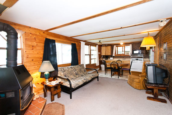 slideshow-cabin10-interior-1