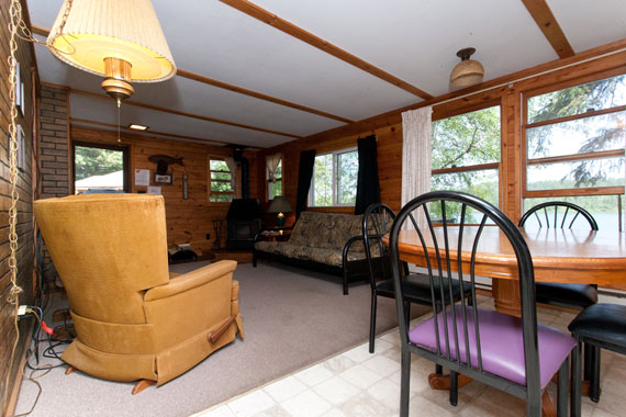 slideshow-cabin10-interior-2