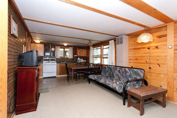 slideshow-cabin11-interior-1