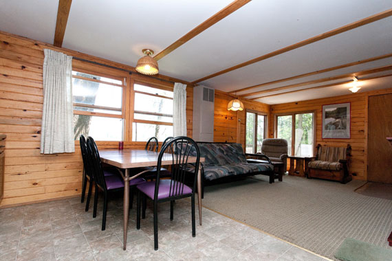 slideshow-cabin11-interior-2