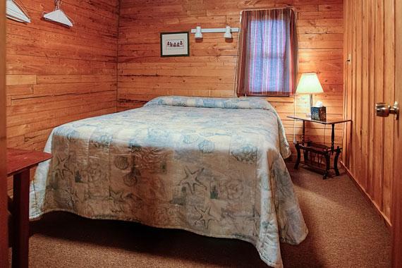 slideshow-cabin5-interior-4-2015