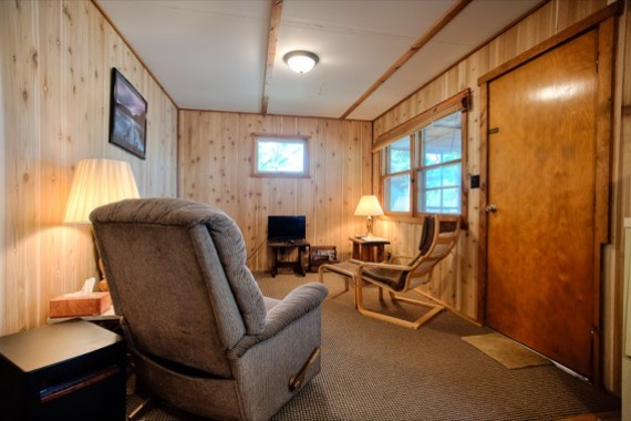 slideshow-cabin8-interior-1