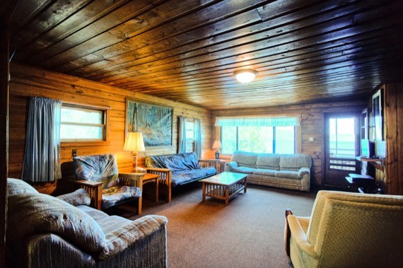 slideshow-cabin9-interior-6