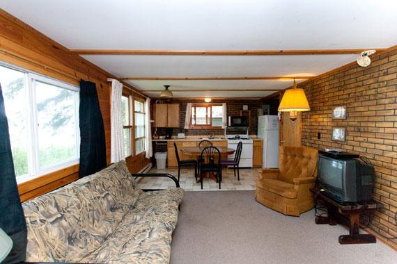 slideshow-cabin10-interior-3